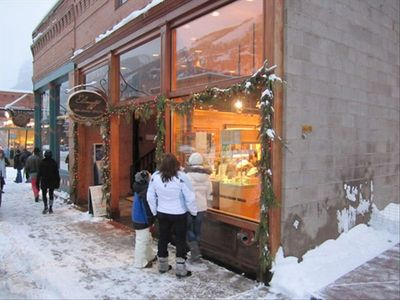 There is wonderful shopping in Telluride, including Elinoff Art/Jewelry Gallery!