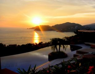 Zihuatanejo condo photo - Pool at Sunset