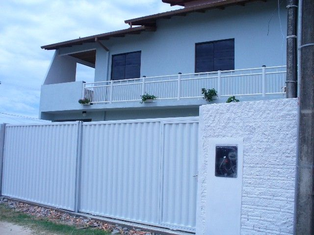 HOUSE WITH 30 METERS FROM THE SEA Wi-Fi TV. Cable. Air conditioning