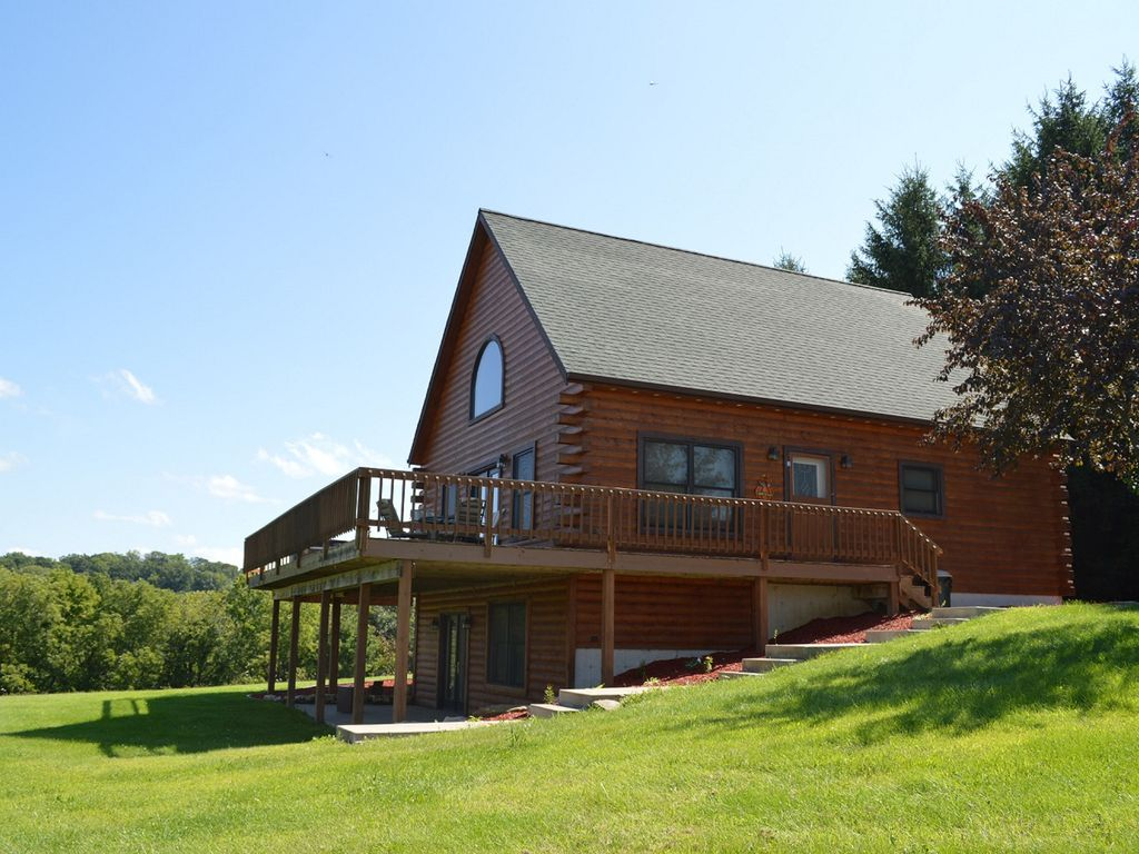 A quiet secluded wisconsin rental cabin vrbo for Cabin rentals wi