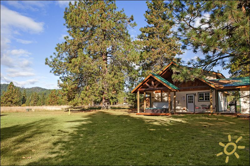 Leavenworth cabin rental secluded escape big views for Leavenworth cabin rentals