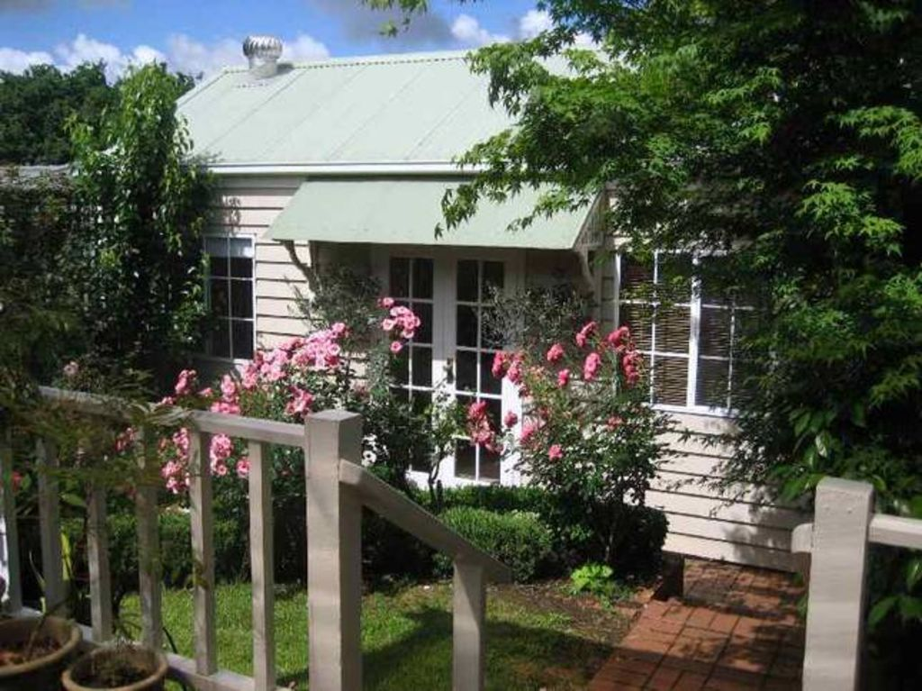 Garland Cottage Bed & Breakfast
