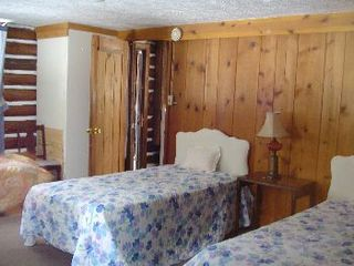 Gaylord cabin photo - twin beds