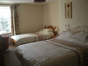 Bedroom 3 (4ft 6 Double and Single bed)