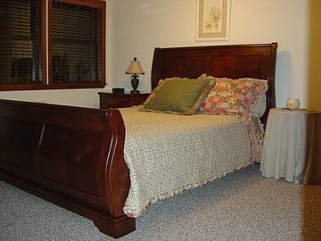 2nd Queen bedroom upstairs with Television /DVD