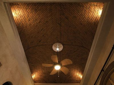 The beautiful brick ceiling in Casita Pepita