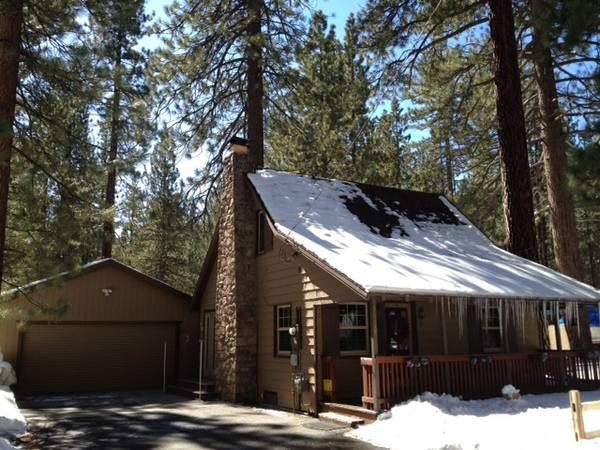 """""""Naughty but Nice"""" - Knotty-Pine Cabin in the Pines"""
