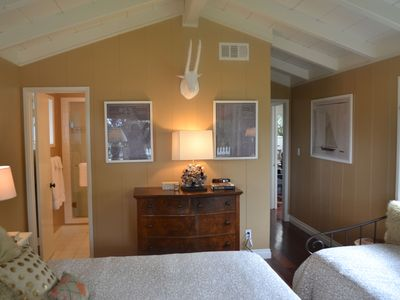 Del Mar house rental - 2nd bedroom with queen bed, day bed and built-in desk