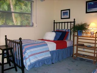 Vacation Homes in Marco Island house photo - Guest Bedroom #2 w/2 Twin / Bedroom #3 w/1 Twin plus it's own 1/2 Bath