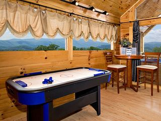 Pigeon Forge cabin photo - air hockey in game room