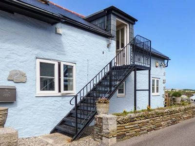 THE BLUE HOUSE, family friendly in Tintagel, Ref 923128
