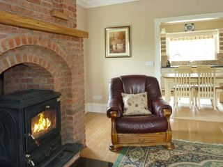 Killarney cottage photo