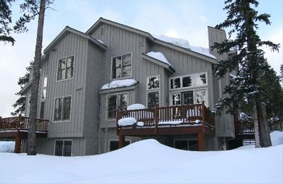 Spacious 4 Bedroom, 4.5 Bath Townhome, Sleeps 10