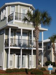 Crystal Beach house photo - The Destin Boomerang! Spacious main house and cabana house out back!