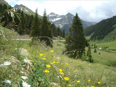 Stoney Pass (above Silverton), showing typical local Jeep Road views.