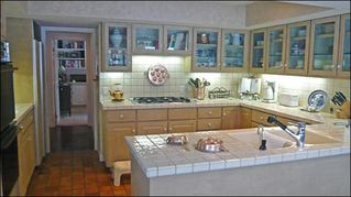 Sun Valley townhome photo - Large Kitchen with Beautiful Fixtures