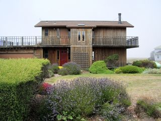 Mendocino house photo - frontstreetvw