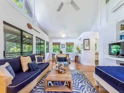 GREAT LOCATION, HANALEI, Bikes and Beach Gear, Air Conditioning