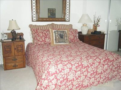 Palm Desert condo rental - Queen Bedroom
