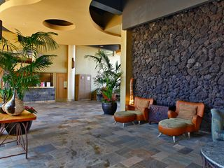 Kihei condo photo - Lobby