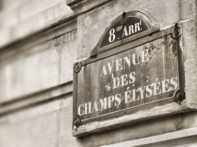 8th Arrondissement Champs Elysees apartment rental