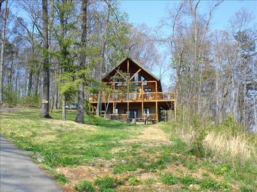 Pigeon Forge cabin rental - 1 acre of privacy top of the mountain