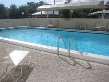 VERY LARGE HEATED POOL WITH SEPERATE SHOWERS, BATHROOMS AND SAUNA