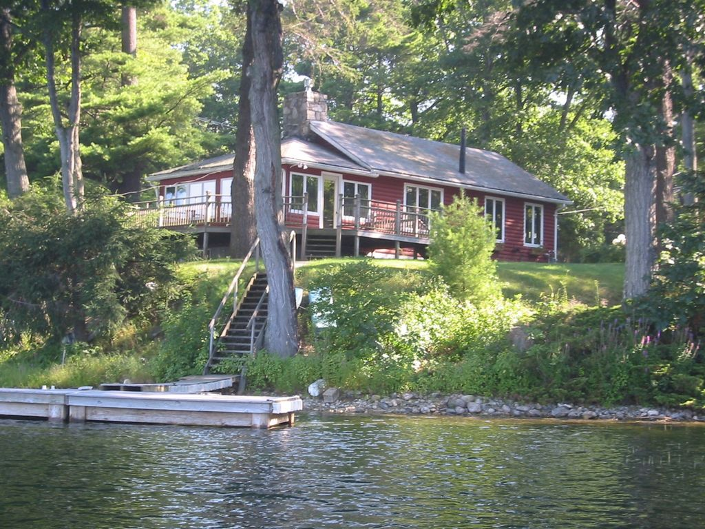 Charming Year Round Lakefront Cottage Vrbo