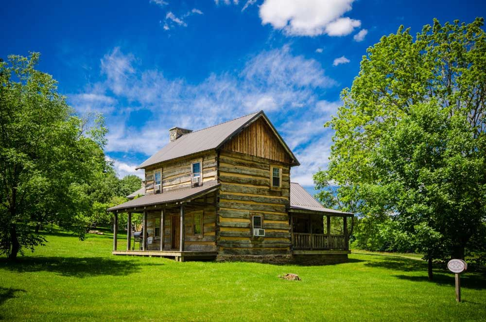 Ovr 39 s orndorff cabin authentic primitive homeaway for Cozy cabins pa