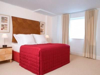 Two Bedroom Premier Canary Wharf