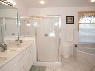 Briarwood Naples house photo - master suite bathroom