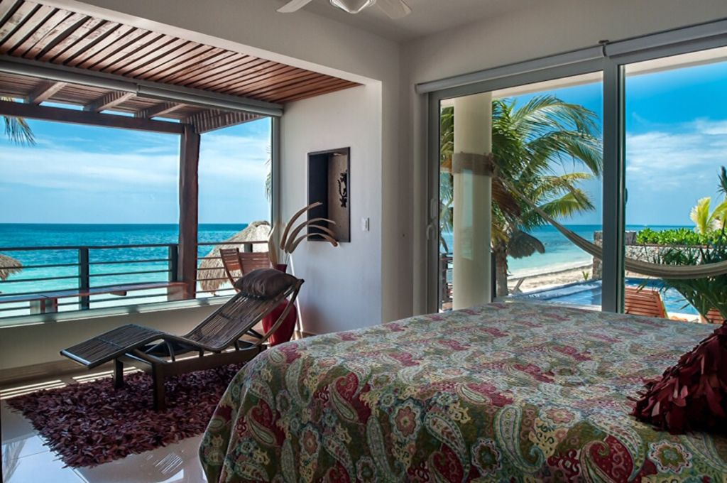 luxury 2 bedroom beachfront condo with pool vrbo. Black Bedroom Furniture Sets. Home Design Ideas