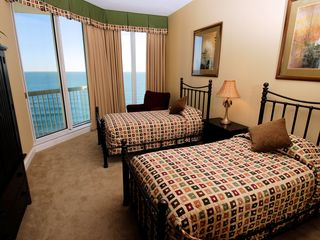 Silver Beach Towers Resort condo photo - Upstairs twin bedroom