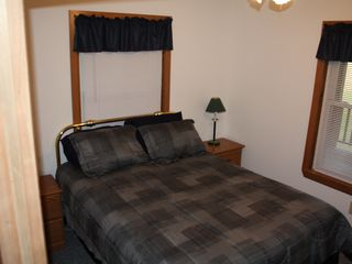 Master Bedroom... Complete with queen size bed and Luxury mattress. - Malta house vacation rental photo