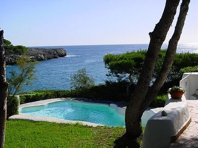 traditionell villa with pool, garden, at the sea