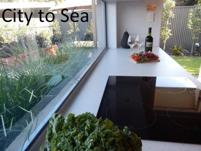 City to Sea. Boutique, modern with private garden