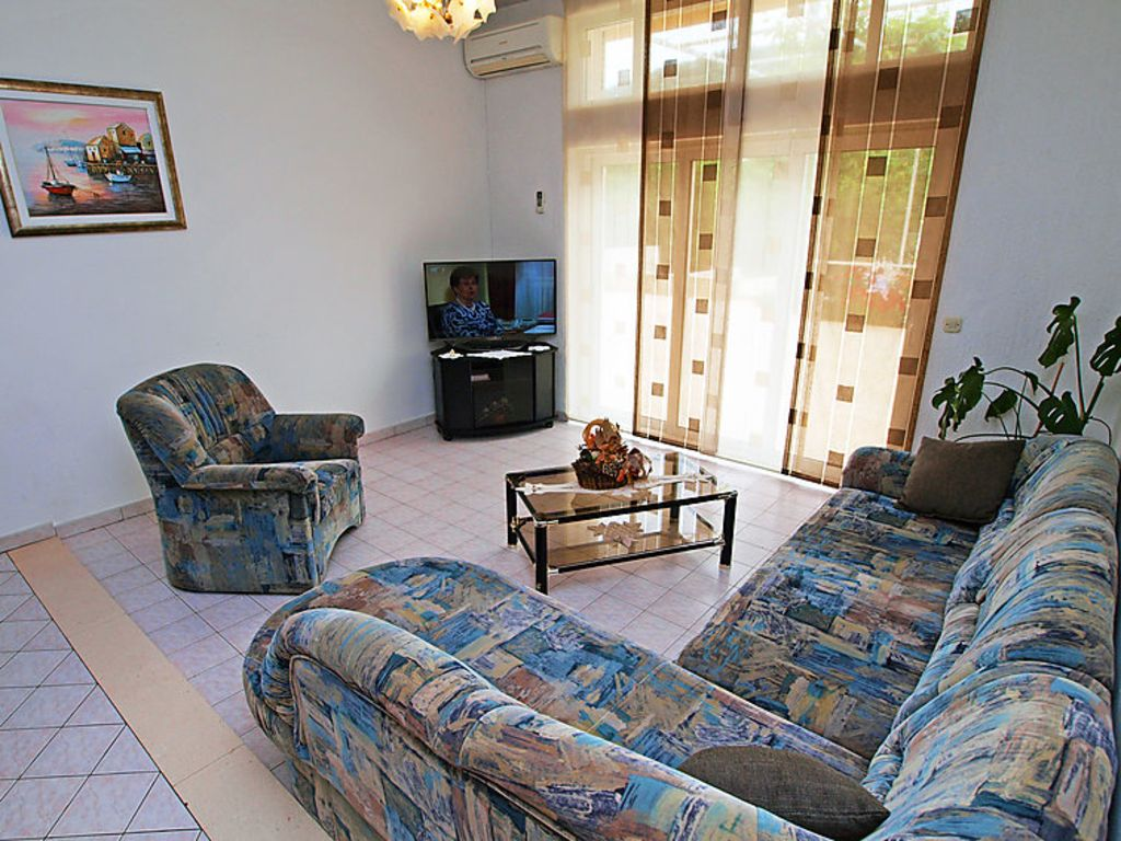 Holiday apartment 408835