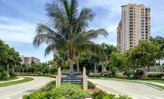 Vacation Homes in Marco Island house photo - Easy Walk to South Marco Beach!!