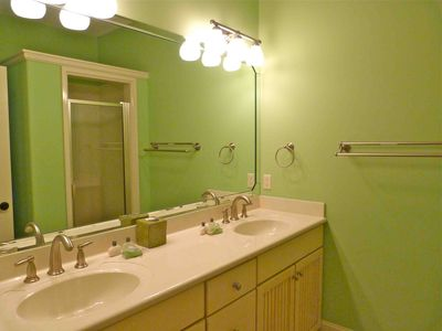 Mint Julip bath, Double Vanity, walk in shower