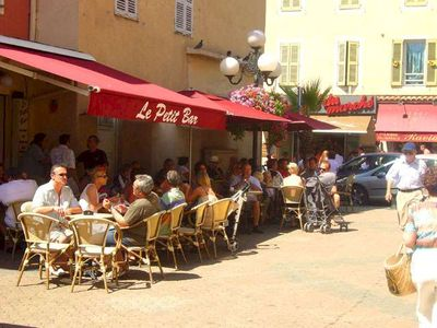 One of the little bars in Cagnes-sur-Mer