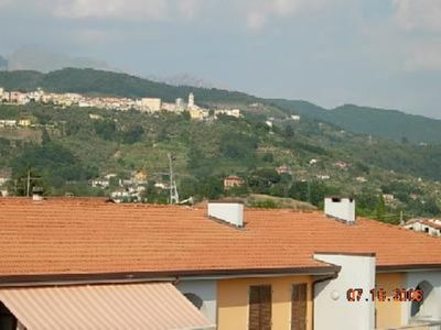 Residential flat, well-equipped with all amenities, Tuscany and Liguria, sea and mountains