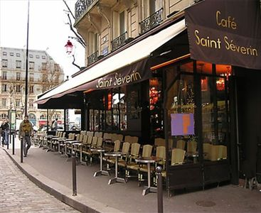 Paris La Traviata loft near Cafe Saint Severin Place St Michel Latin Quarter