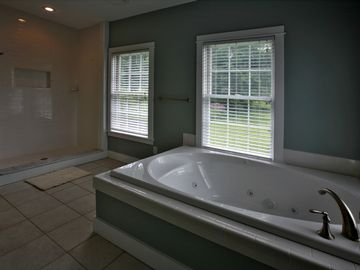 Whirlpool Tub and Tile Shower