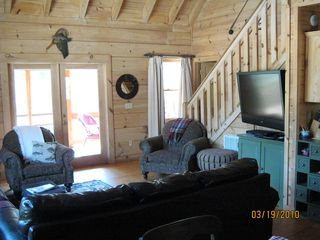 Blue Ridge cabin photo - Family Room Area with Large Wall TV