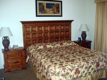 Master bedroom. King bed with comfortable pillows and 600 thread count linens