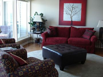 Hot Springs condo rental - Liviing room - great views of the lake from every angle.