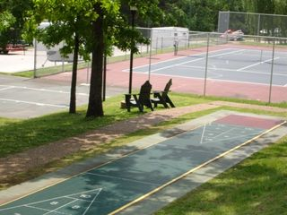Branson condo photo - Across Parking: Tennis, Shuffleboard & Basketball!