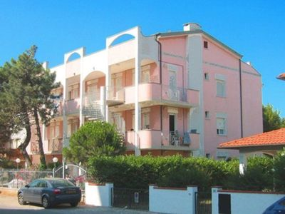 This residence is in the centre of Lido degli Estensi