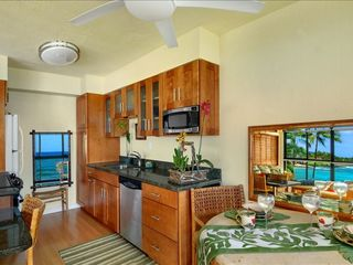 Poipu condo photo - Newly remodeled Kitchen New cabinets, granite counters,appliances too.