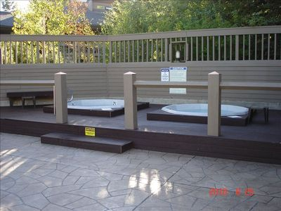 Year-round twin hot tubs